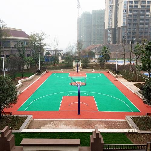 泸州公园里锦庐EPDM球场和儿童游乐场