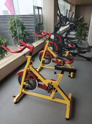 国税局健身房